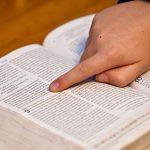 bible-study-1634647_640